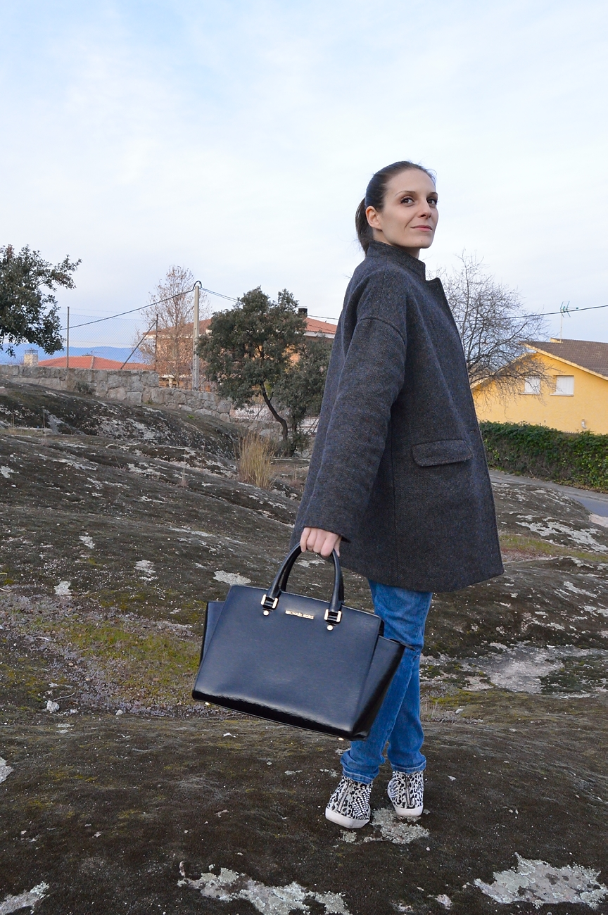 lara-vazquez-mad-lula-style-look-winter-basics