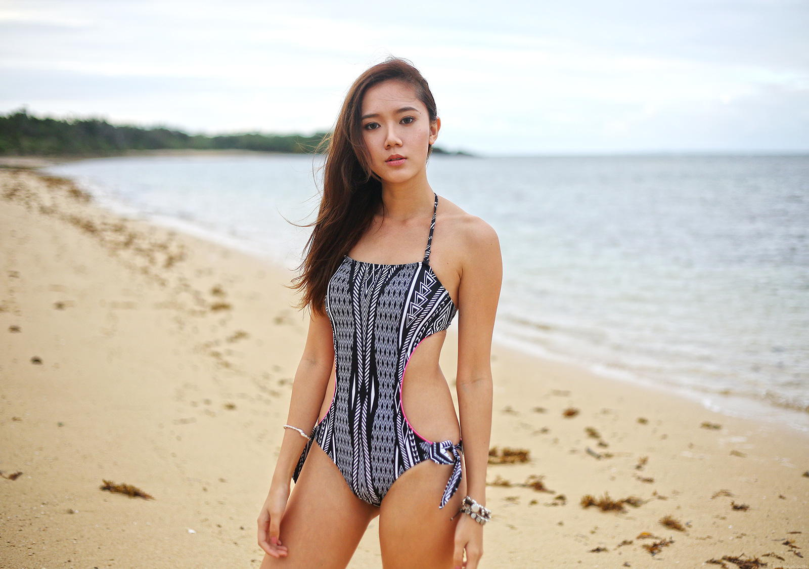 debenhams swimsuit, h&m skirt beach fashion in balesin | camille