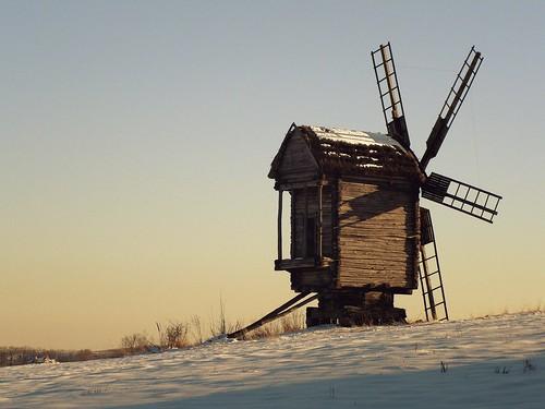 winter snow mill windmill museum landscape ancient ukraine kiev sunsetlight kyiv authentic pirogovo elenapenkova enteredinsybcontest