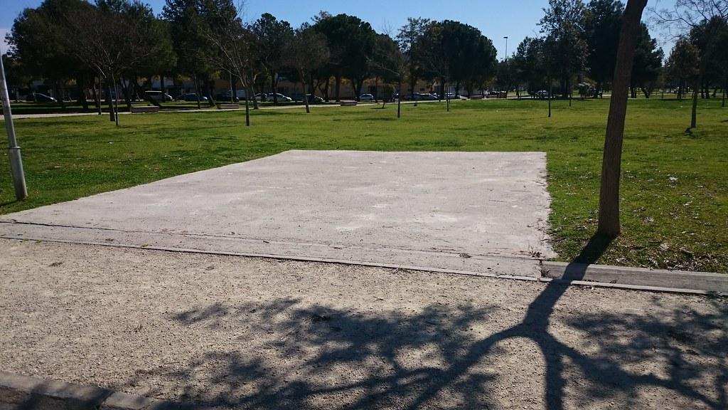 Parque Puertas del Sur. Antigua zona de juegos.
