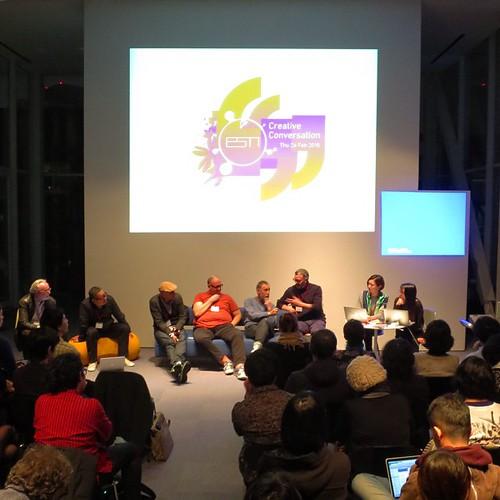 Esinワークショップの9日目。今夜は、Creative Conversation っていうイベントにみんなで参加。ワークショップとはまた違った話も聞けました。
