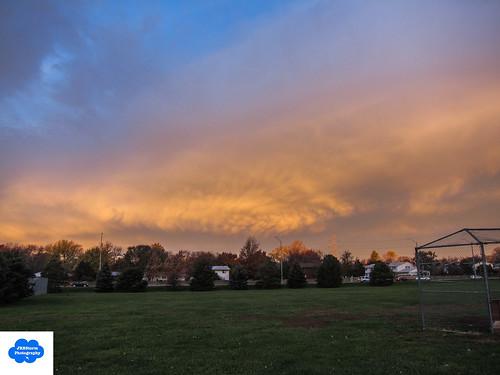 sky storm clouds sunrise nebraska mammatusclouds canons95