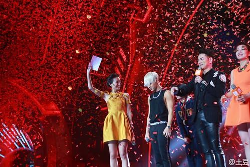 Taeyang-YoungChoiceAwards2014-Beijing-20141210_-155