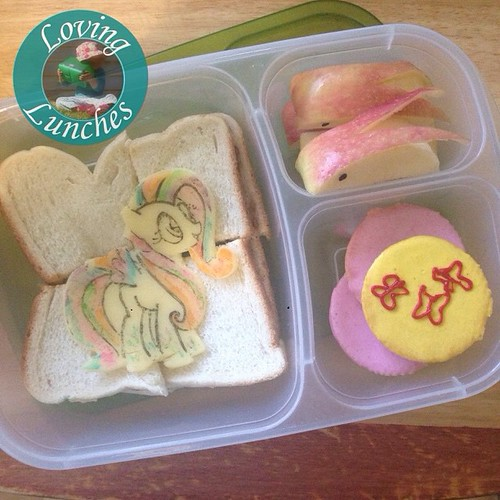 Loving a little rainbowed #Fluttershy in our @easylunchboxes for tomorrow… #mlp #MyLittlePony #easylunchboxes
