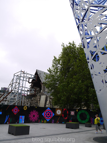 squibble_visits_Christchurch_cathedral1