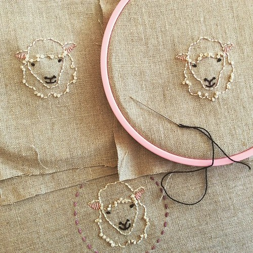 How can you not be happy when you are stitching sheep smiles? #sheep #embroidery #knit #knitting #knittersofinstagram #knitstagram #bluepeninsula #bonniesennott