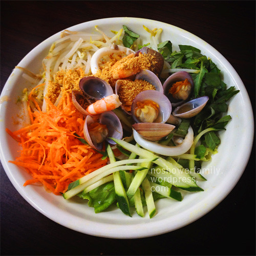 Vietnamese Food-Sea-Food-noodle