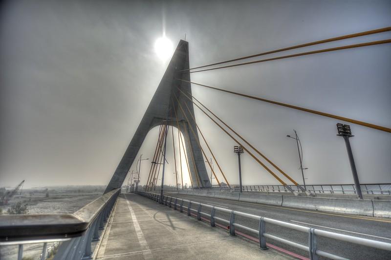 鵬灣跨海大橋的風景 HDR 合成