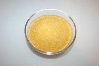 01 - Zutat Polenta / Ingredient polenta