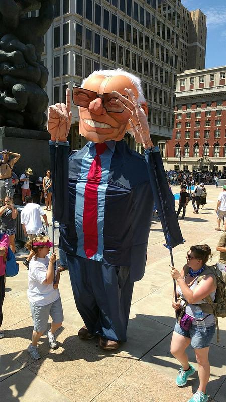 Giant Bernie 4570