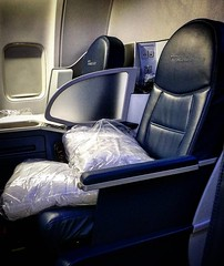 Yes I will turn into a #layflat bed so the #Queen can get some rest.  #AVgeek #wanderlust #travelgrind #instatravel #firstclass #premium #insideflyer #diamond #luxurytravel #seatback #entertainment #DirectTV #RoyalForceOne #upintheair  #DeltaAirlines