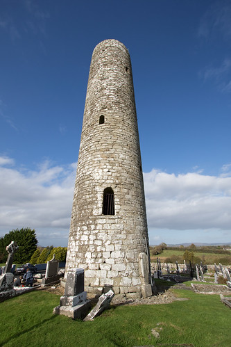 Picnic at Meelick Round Tower