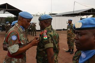 Kinshasa, RD Congo: Le bataillon ghanéen de la Force de la MONUSCO a organisé aujourd'hui une cérémonie de remise de médailles au sein de son quartier général, aux casques bleus pour services rendus à  l'ONU avec professionnalisme et dévouement.