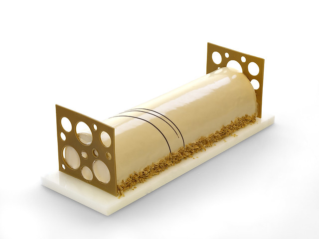 Putting on the Ritz - My Valrhona Buche de Noel