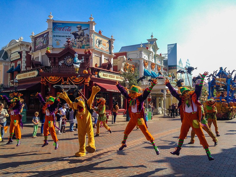 Pluto in Mickey's Halloween Celebration