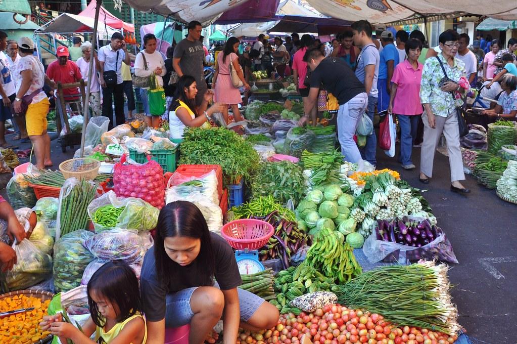 Laoag open market 2