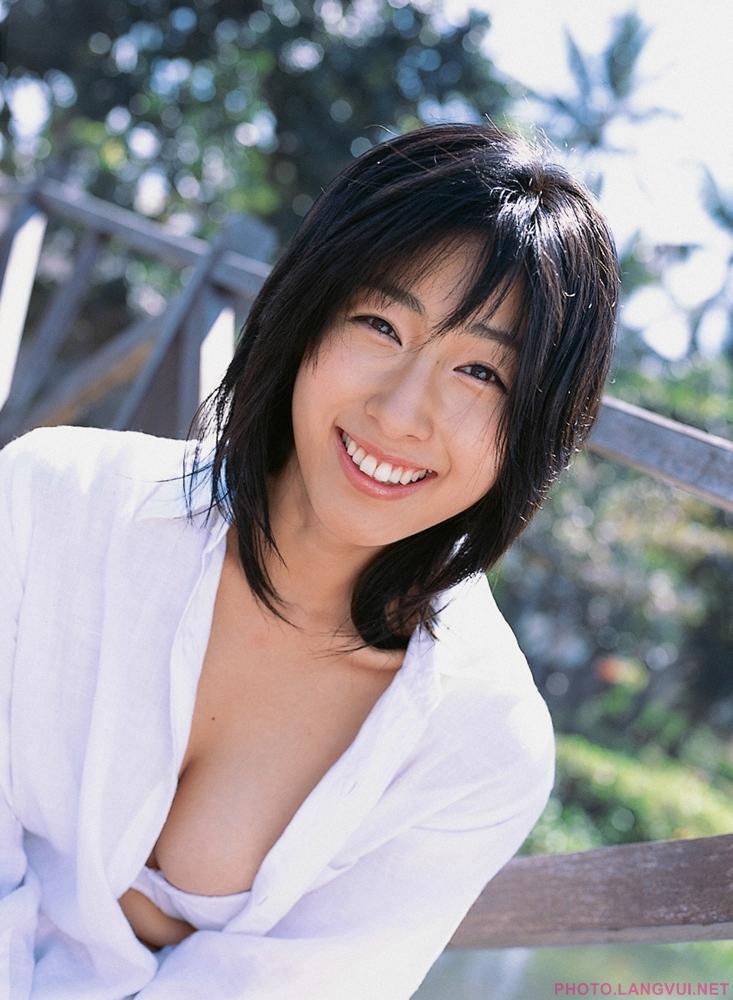 YS Web Vol 137 Hiroko Sato Lights Camera Action