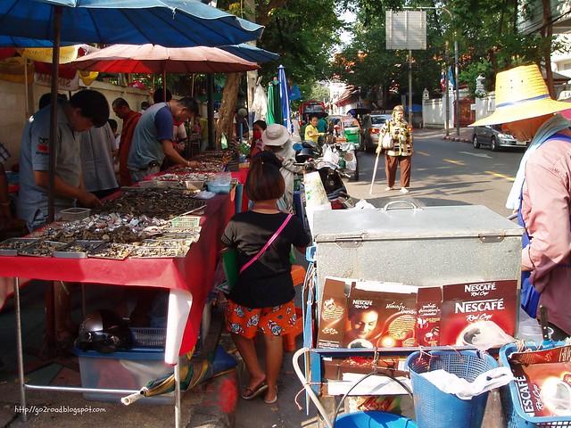 Рынок старьевщиков Бангкока