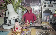 E.T, WAIKIKI AND FRIENDS