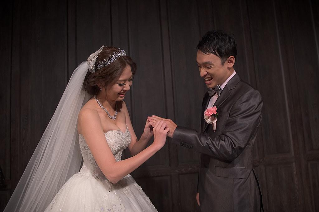 '君品酒店婚攝,婚攝BrianWang,婚禮紀錄,自主婚紗,類婚紗,海外婚紗婚禮,BWS_8011'