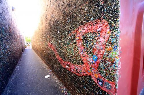Bubblegum-Alley-San-Luis-Obispo-5-640x426