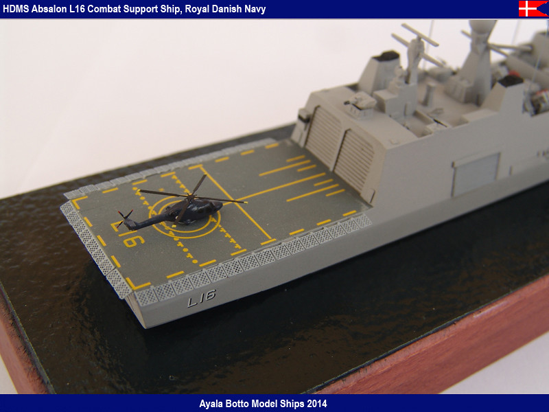 HDMS Absalon L-16  Navire de Soutien Multifonctions - NNT 1/700 16456849118_22cb80c952_b