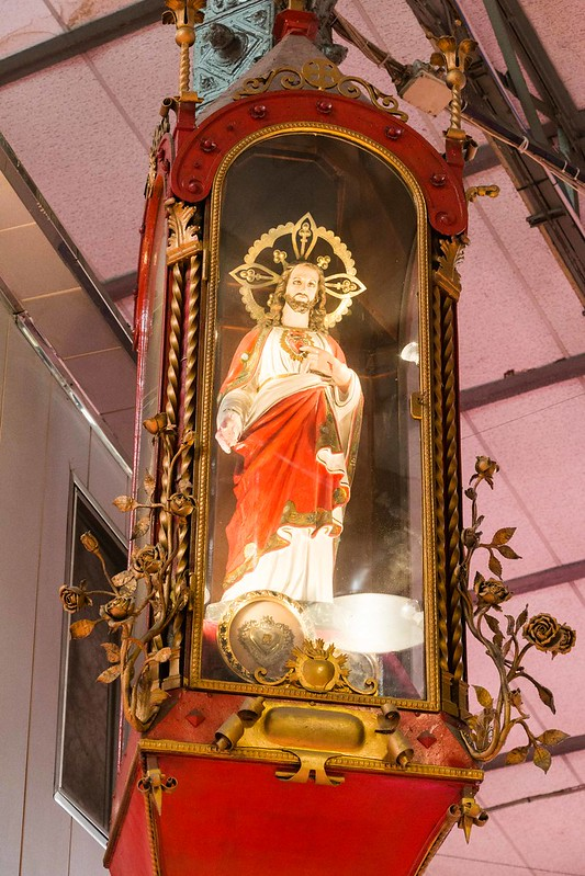 The Holy Heart of Jesus, protecting the market