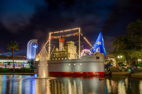S.S. Down the Hatch - Hollywood Studios