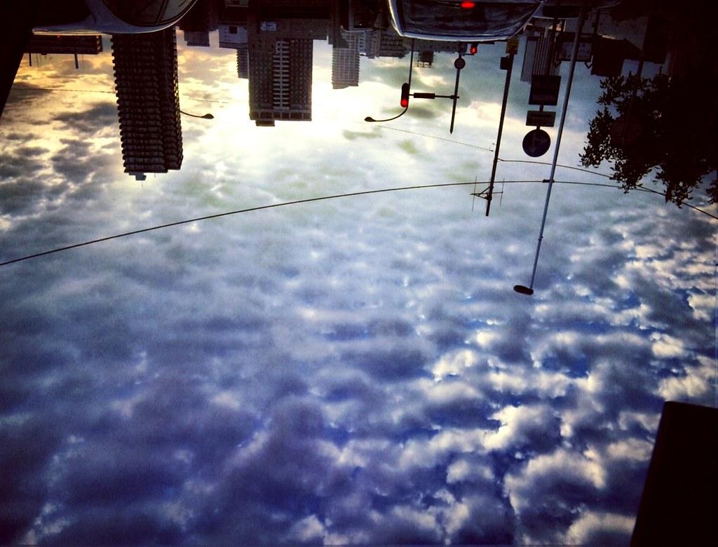 うろこ雲 空の海