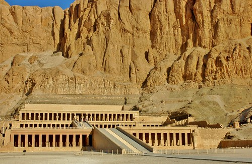 landscape temple ancient nikon desert d70s egypt cliffs vista luxor nileriver deirelbahari hatsheput nilevalley stevelamb templeofhatsheput thebanmountains
