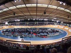 racing, bicycle racing, sport venue, track cycling, audience, race track, stadium, arena,