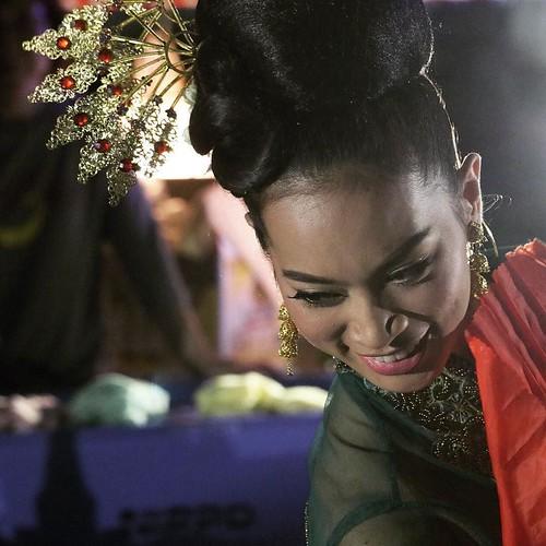 ダンス。髪飾りが綺麗。 #タイアンバサダー