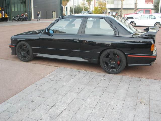 LATERAL BMW M3