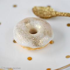 mint choc chip doughnuts