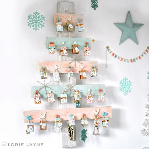 Advent Tree House