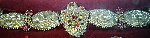 Pearl Necklace (1706) - Pearls, gold, silver, precious stones - Unknown Neapolitan goldsmith - Treasure of Saint January in Naples