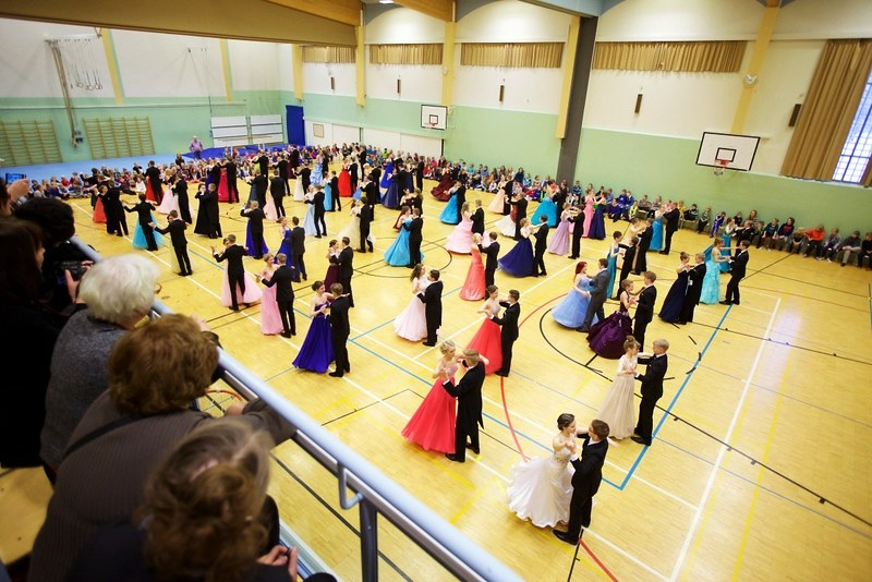 Vanhojen tanssit 2015 58