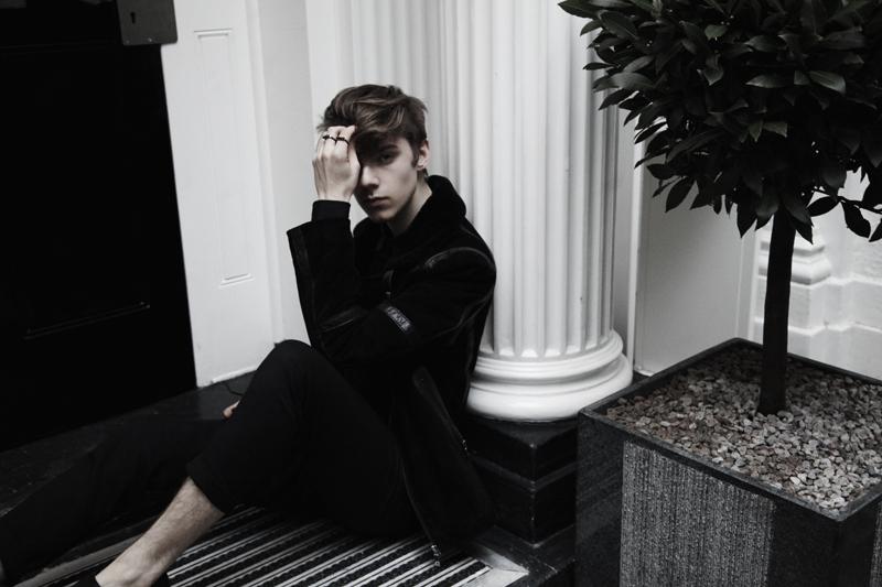 mikkoputtonen_fashionblogger_london_allsaints8_web