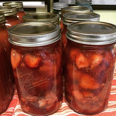 Canned me up some strawberry pie filling...yum