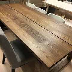 Dining table_ikea