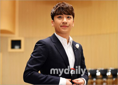 1398236410291_seungri_angel_eyes_press_conference_140403_001.jpg