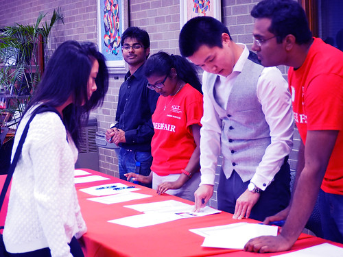 Student Volunteers_RegistrationTable