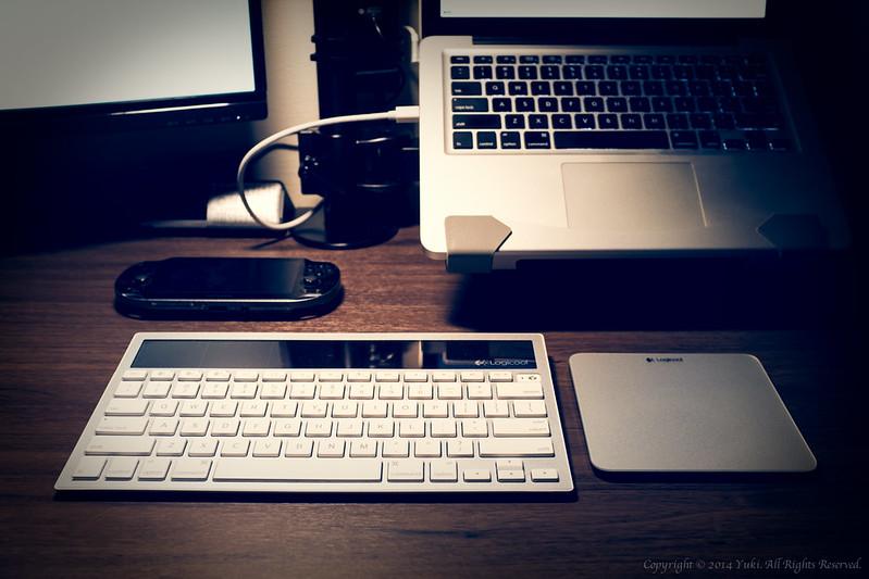 Wireless Keyboard & Trackpad