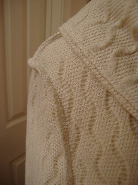 Sewaholic Renfrew in creamy sweater knit