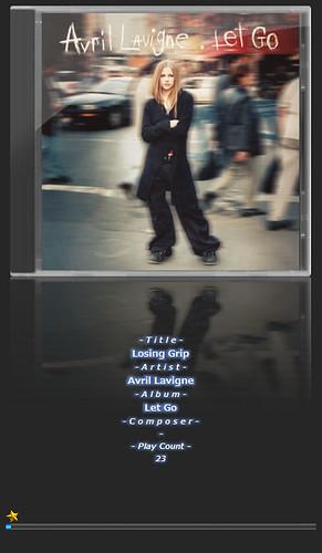 """Avril Lavigne-1 音楽再生ソフトウェアのfoobar2000のスクリーンショット画像。 """"Avril Lavigne"""" さんのアルバムである""""Let Go"""" の """"Losing Grip"""" が再生されている。"""