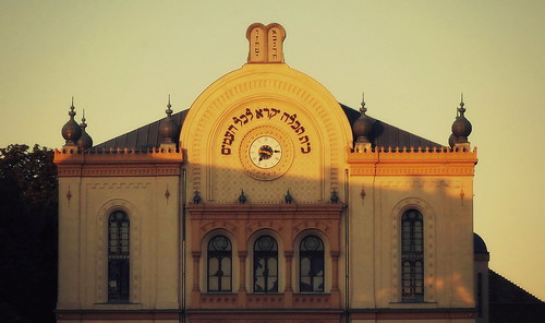 sunset clock hungary memories synagogue style jewish romantic architects pécs 1869 gerster kauser feszl feszlfrigyes gersterkároly kauserlipót