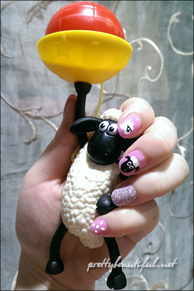 Shaun the sheep nail art