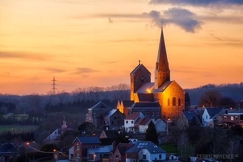 sunset church landscape belgium belgique belgie paysage église hdr highdynamicrange goldenhour couchédesoleil lobbes wallon wallonie sambre collégiale thuin valdesambre canoneos5dmarkiii thudinie