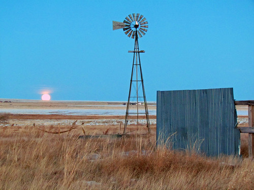 road sunset moon evening highway colorado full fullmoon explore moonrise co judge prairie plains rise orr ellicott windbreak aermotor easterncolorado explored elpasocounty inexplore judgeorrroad ellicotthighway windfill
