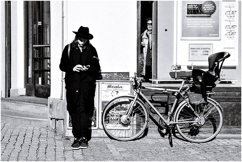 street city people blackandwhite bw streets monochrome sunglasses bike mono blackwhite sweden stockholm candid streetphotography sunny streetlife streetphoto sverige scandinavia bnw streetview streetshot 2015 gatufoto